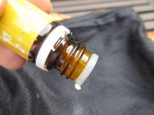 ätherisches Öl auf Wäschesack