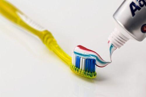 herkömmliche Zahnpasta